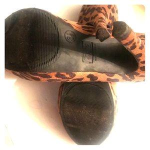 Mossimo leopard print heels